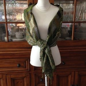 Accessories - Green sparkle wrap